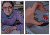 Ania zdobi szklane zawieszki...