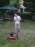 prace w ogrodzie (2).JPG